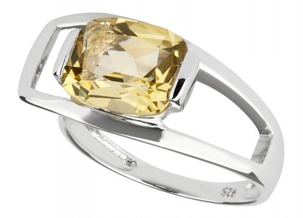 Charming Quartz Ring Silver